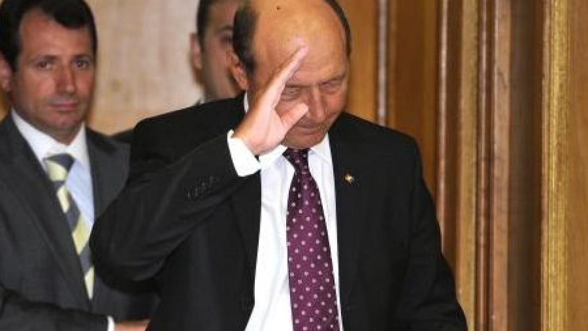 Traian Basescu se reintoarce catre popor
