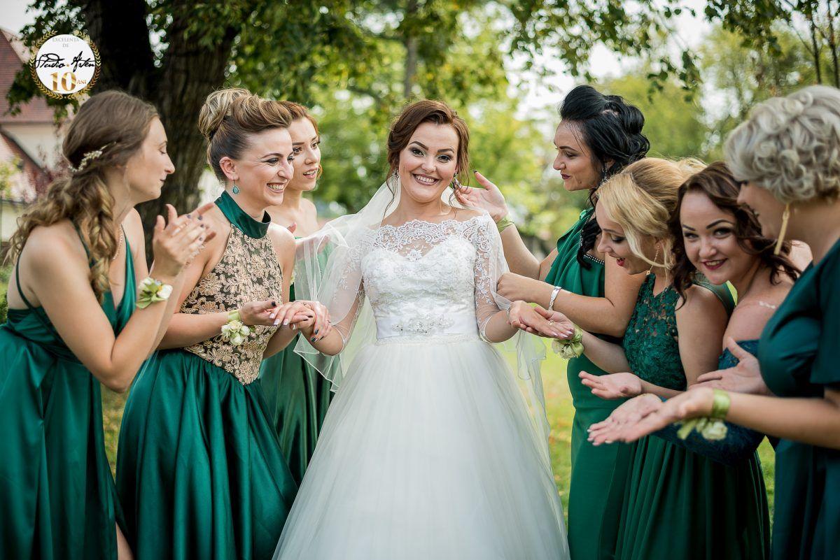 Cum sa economisesti bani atunci cand iti organizezi nunta