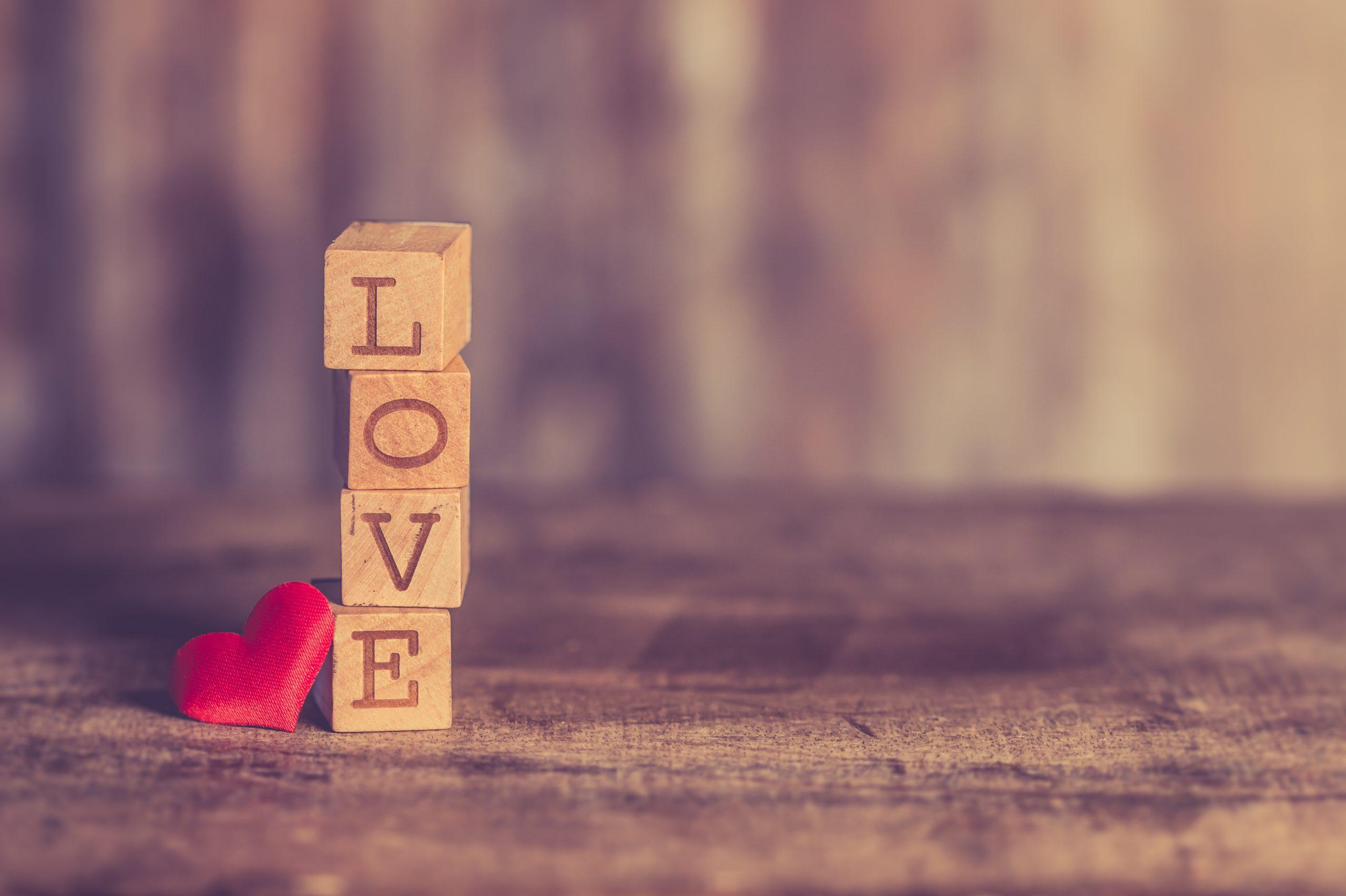 50 de citate interesante despre iubire