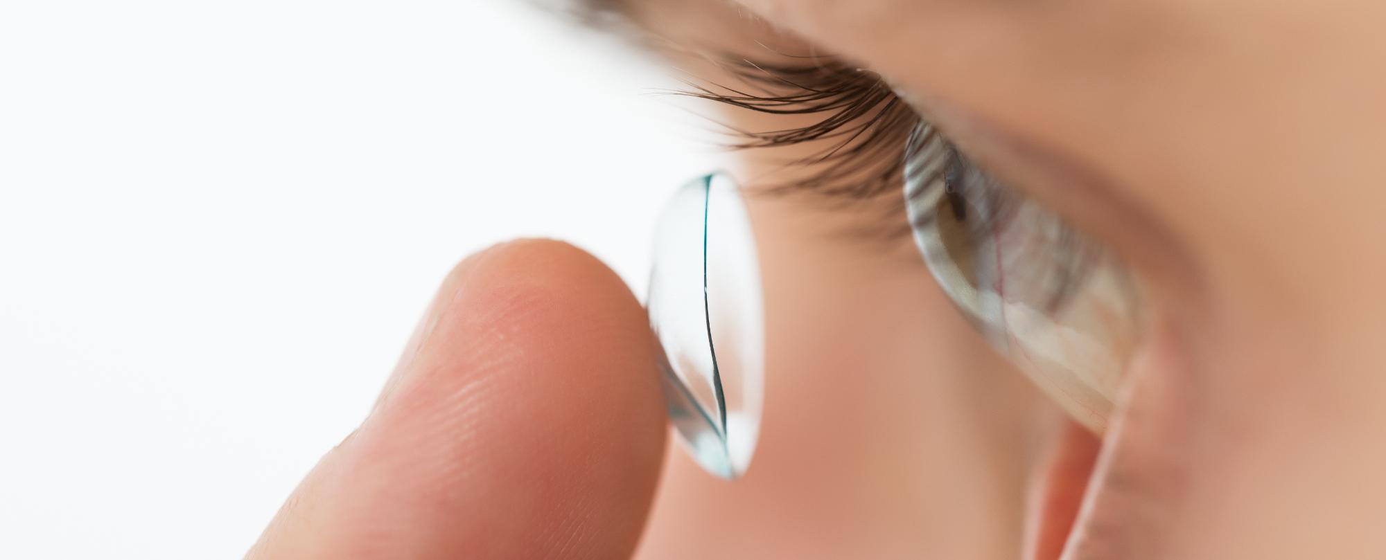Marile avantaje ale folosirii lentilelor de contact colorate