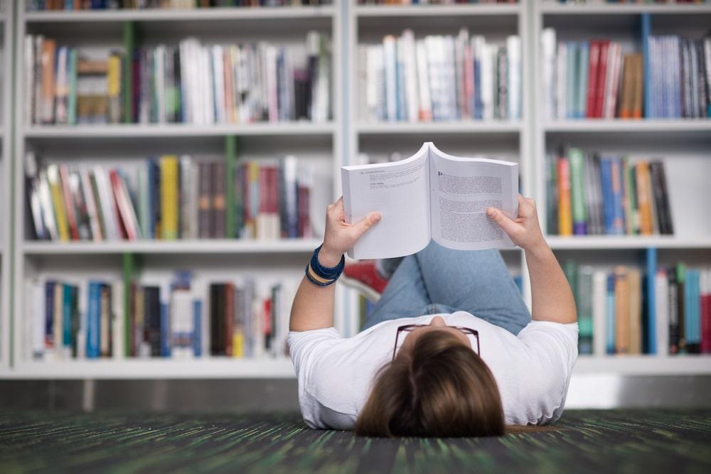 8 moduri in care cititul iti va imbunatati sanatatea