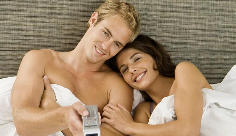 Avantajele vizionarii porno in cuplu