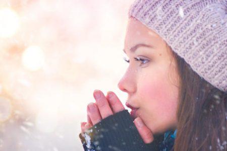 Trucuri pentru ca pielea ta sa nu sufere de valul de frig polar