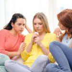 Ar trebui sa impartasim problemele noastre de relatie cu prietenii?