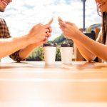 Cum sa gasesti dragoste pe internet datorita aplicatiilor de intalniri