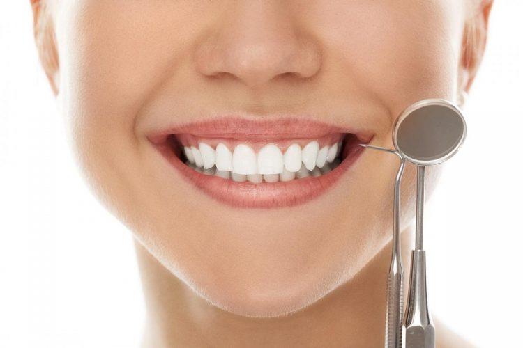 Cum te pregatesti de un implant dentar